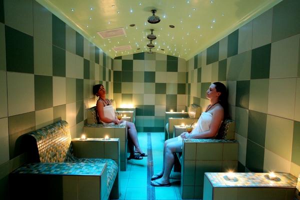 Geniet in sauna vital in wellness hotel aparthotel delden for Appart hotel saran